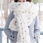 Echarpe en laine à grosses mailles