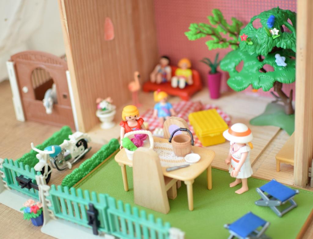 Diy une maison pour playmobil la vie en plus joli for Meuble playmobil