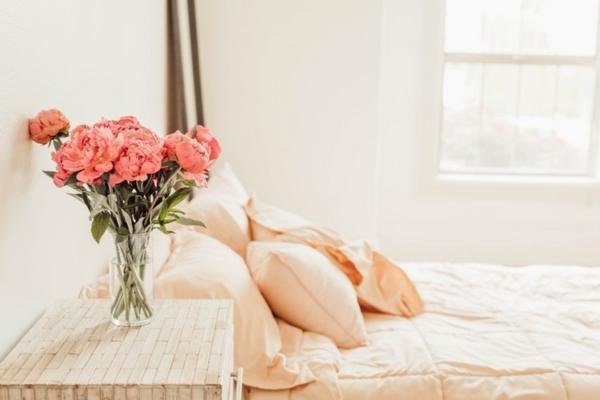 un vase pour les fleurs de printemps